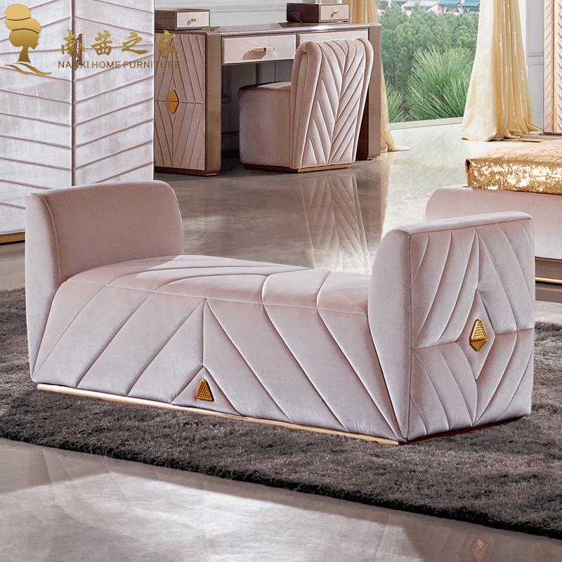 Acquista all 39 ingrosso online divano letto pouf da for Divano ottomano