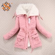 Zimní dámský kabátek s kožešinou