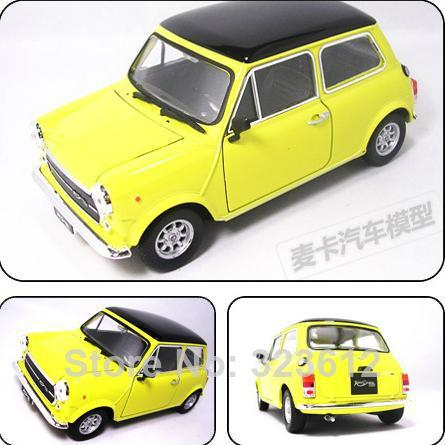 new 1 24 mini cooper 1300 alloy diecast mr bean car model vehicle toy collection yellow b1598. Black Bedroom Furniture Sets. Home Design Ideas