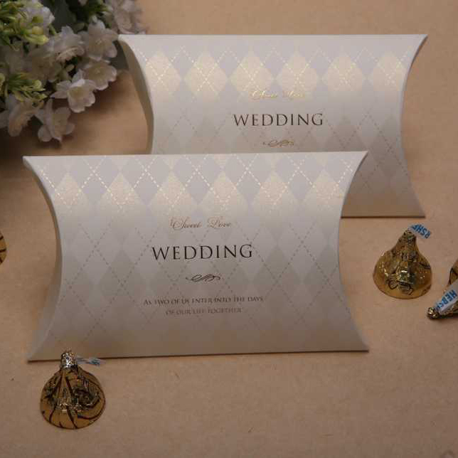 Elegant Wedding Gift: Elegant Wedding Style Wedding Candy Box Dark Brown Color