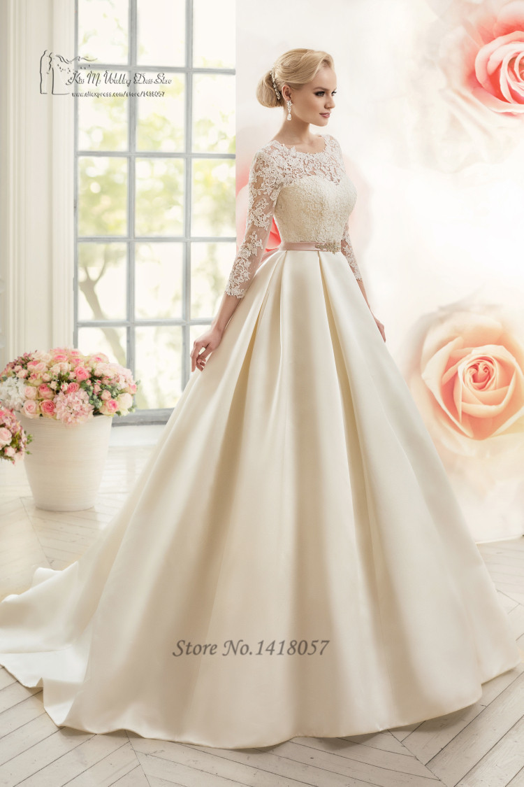 Vintage White Women Long Sleeve Muslim Wedding Dress Lace