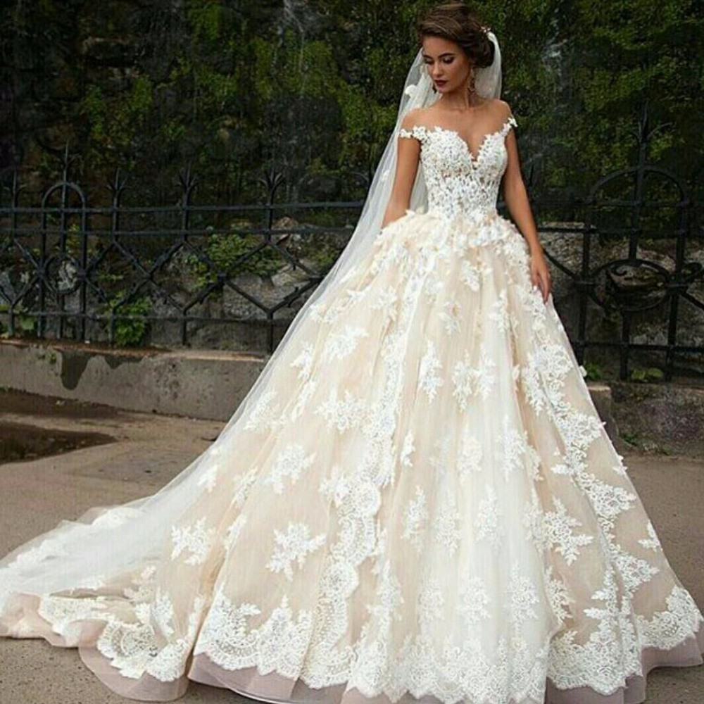 Princess Wedding Gowns With Sleeves: Aliexpress.com : Buy Champagne Princess Wedding Dress