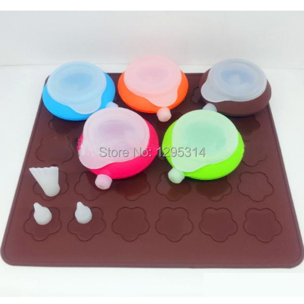 .com : Buy 2PCS Free Shipping DIY Macaron Bakeware Baking Pastry Cake ...