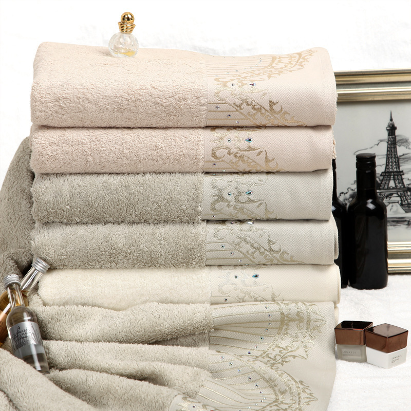 Luxury Christmas Kitchen Towels: Christmas Lover Gifts Comforter Palmer Luxury Crystal Bath