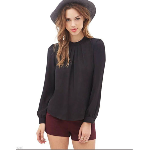 Long Sleeve Cold Shoulder Tops: A Fall Must-Have Think of the cold shoulder top as the perfect middleman: it shows off just a little more than the average long sleeve top, but teeters on modest in comparison to off the shoulder pieces.