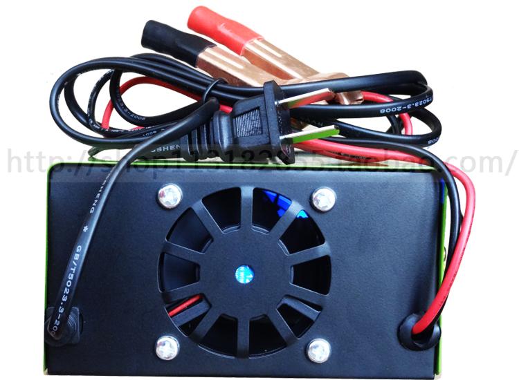 Автомобильное зарядное устройство 12V24V автомобилей автомобиля быстрой зарядки машина умная и эффективным ремонт зарядное устройство