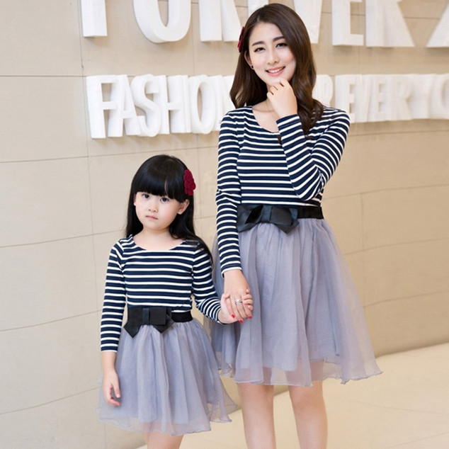 3b0b7d67d40 2015 mother daughter dresses long sleeve party dress vestidos matching  mother daughter clothes outfits mom and daughter dress