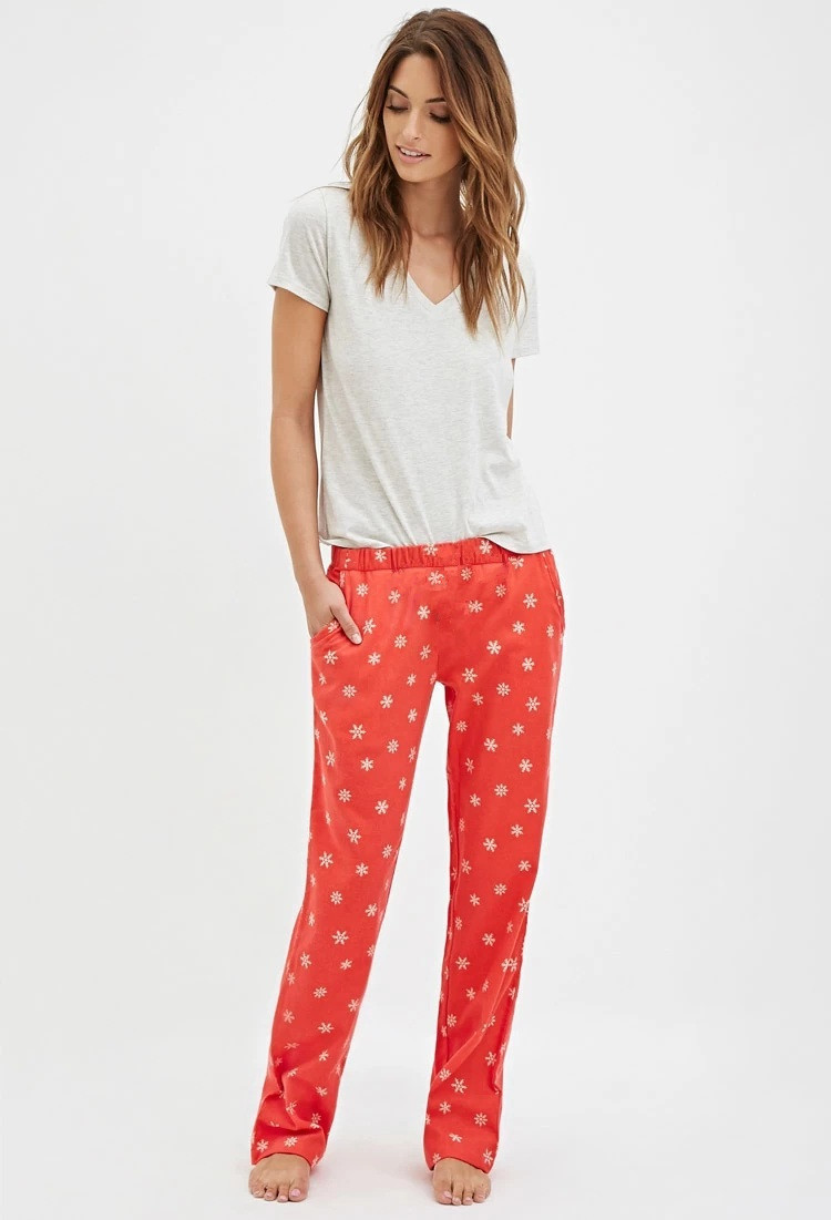 Find a great selection of pajamas for women at hamlergoodchain.ga Shop short pajamas, knit pajamas and more from the best brands. Free shipping and returns.
