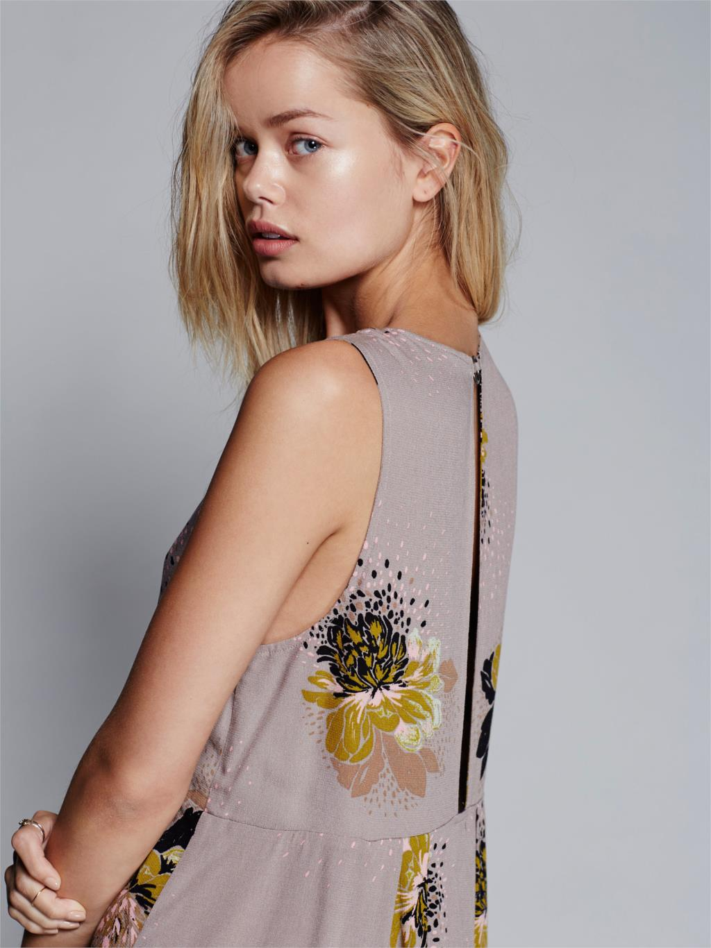 8886e7da78a3 2019 Wholesale Jastie Loveliest Day Tunic Mini Dress Flowy Plunging ...