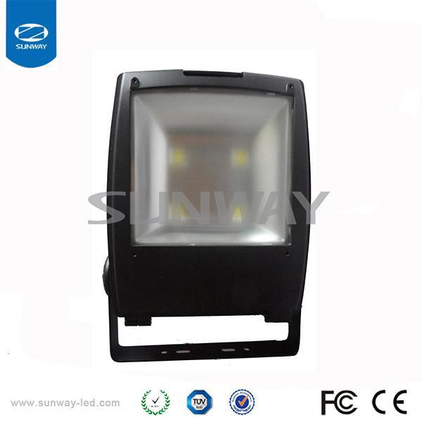 German Manufacturing Process 240w Led Flood Light Outdoor