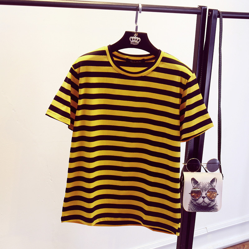 For sale, a Lularoe Randy Shirt, L Large in size, Solid black body with green/yellow striped sleeves, gently used and in very good shape (as pictured). Well taken care of, little to no wear! Under Armour Men's Heatgear Big Logo T-Shirt.