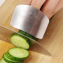 Kitchen Must Have! Stainless Steel Finger Protector Guard Safe Slice Kitchen Accessories Cooking Tools
