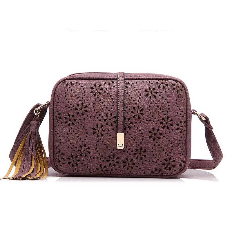 Realer Новый Посланник Сумки Женщины кисточкой мешок Цветочные выдалбливают дизайн сумки однотонная винтажная маленькая сумка через плечо(Китай)