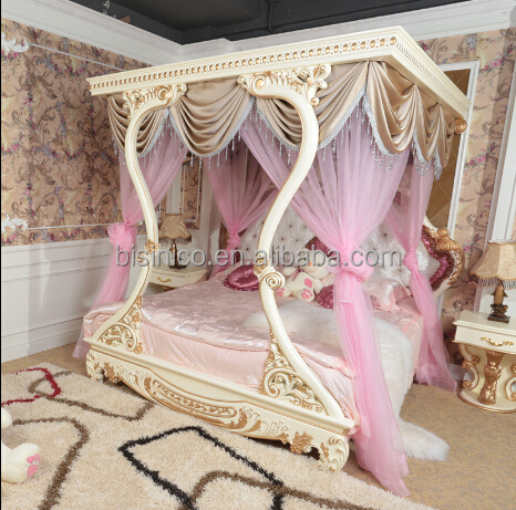 Bisini Luxury Furniture Italian Classical Hand Carved Wooden Princess Bed Luxury Upholstered