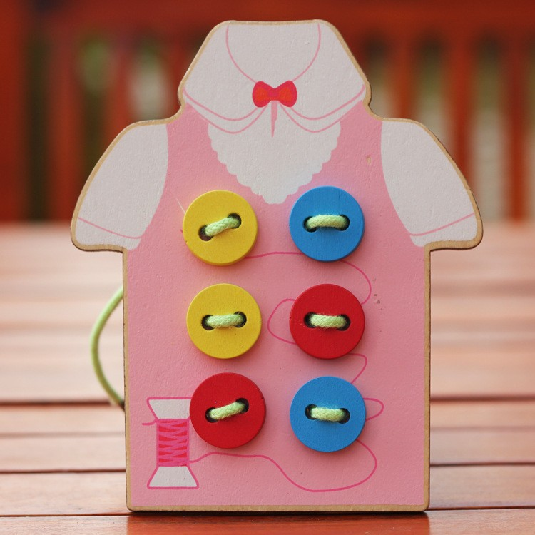 Free delivery hand eye coordination fine motor fancy handmade toys sewing buttons game kids wooden