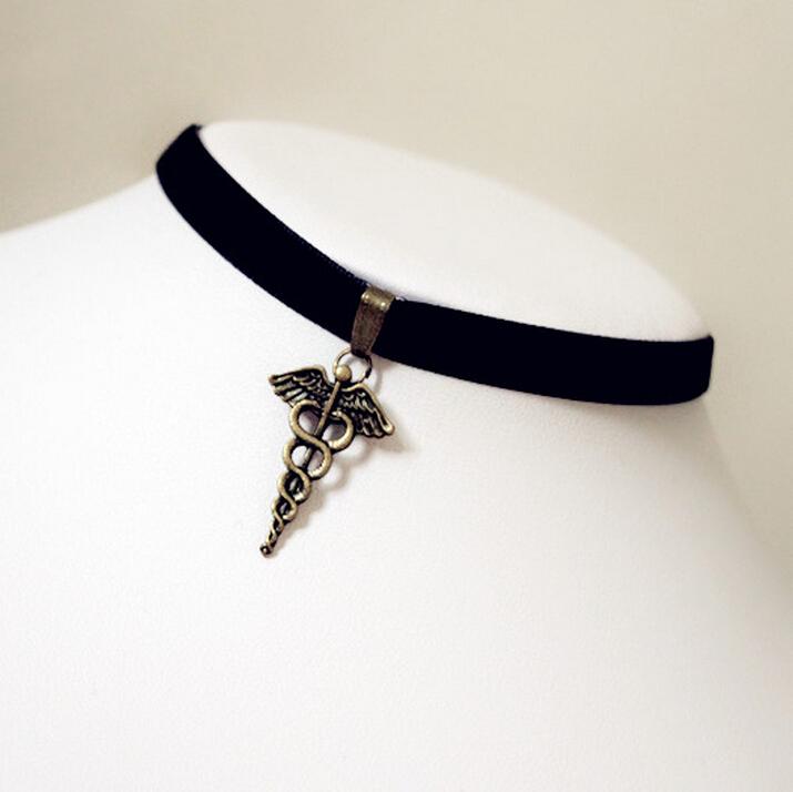 Японский готическая лолита Harajuku дворец крылья косплей меркурий волшебная палочка бархатной лентой ожерелье воротник