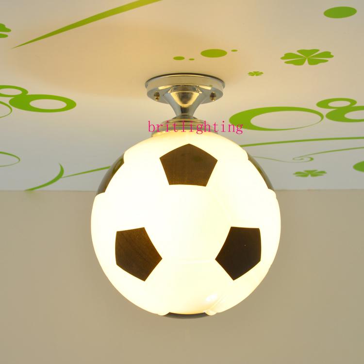 led plafond lampe globe plafond lampes chambre de b b de basket ball appliques football lampe. Black Bedroom Furniture Sets. Home Design Ideas