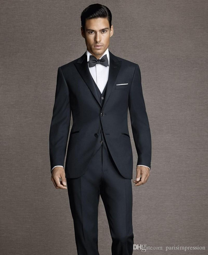 Discount Mens Suits - 3 Button Suits If you want to look sharp and dapper as can be, 3 button suits may be exactly what your wardrobe needs. 3 button suits are a lot like 2 button suits but cost plays a major difference. The best cheap suits (if worn correctly) can make you look debonair without looking like you're wearing a discount suit.