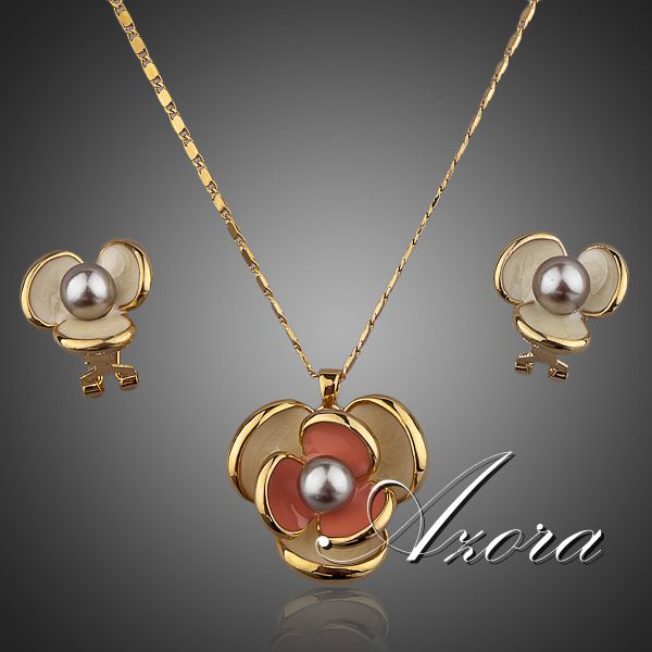 Azora Clic 18k Real Gold Plated Flower Design Clip Earring And Pendant Necklace Set Tg0023 Nice Plus Size Clothing For Everybody