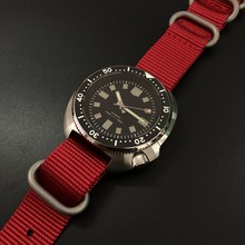 Стальные часы для дайвинга, водонепроницаемые до 200 м автоматические мужские часы NH35 с сапфировым кристаллом, роскошные механические часы и...(Китай)