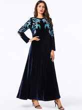 Однотонное цветочное вышитое Золотое бархатное платье, свободное платье большого размера, простая элегантная мусульманская одежда на осен...(Китай)