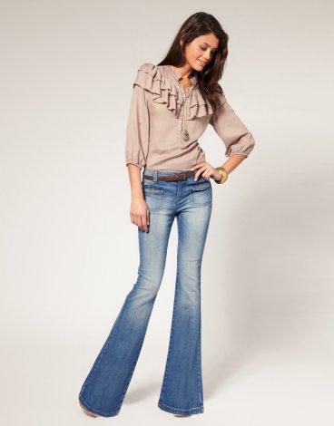 джинсы женские клеш фото