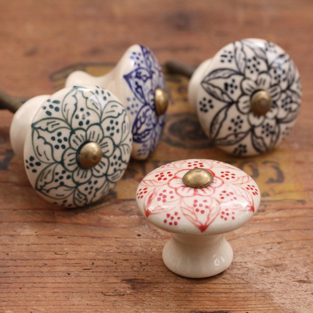 hei er verkauf bulk keramik t rgriffe gro handel dekorativen bunten kn pfe f r k chenschrank. Black Bedroom Furniture Sets. Home Design Ideas